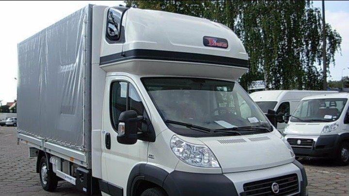 Camion dédié au transport express international